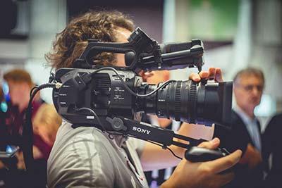 Une caméra SONY FS7 à Cémaprod